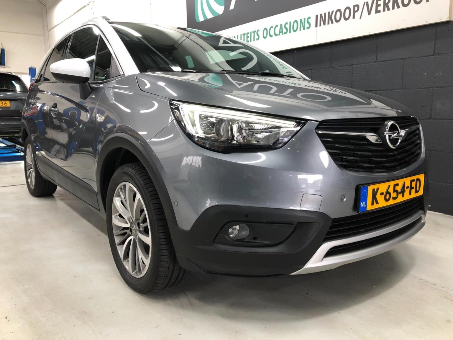 Opel-Crossland X-14