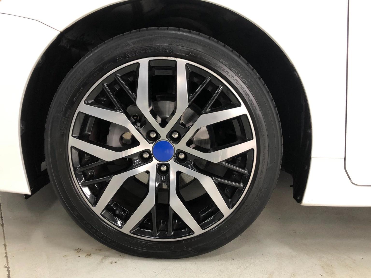 Lexus-CT-4